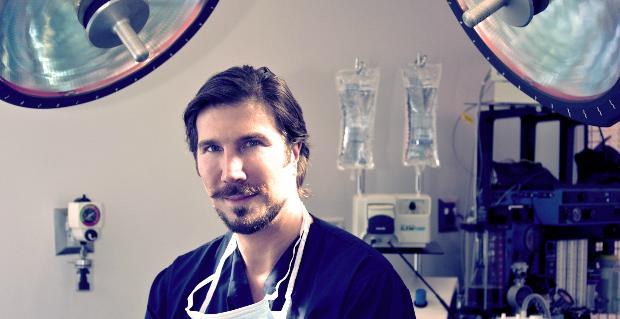 Dr Aaron Rollins RKSTrav